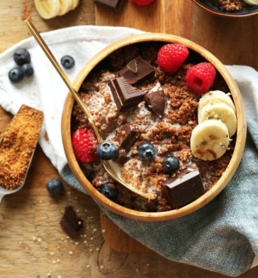 A special bowl with quinoa and chocolate. Credit: https://minimalistbaker.com/dark-chocolate-quinoa-breakfast-bowl/