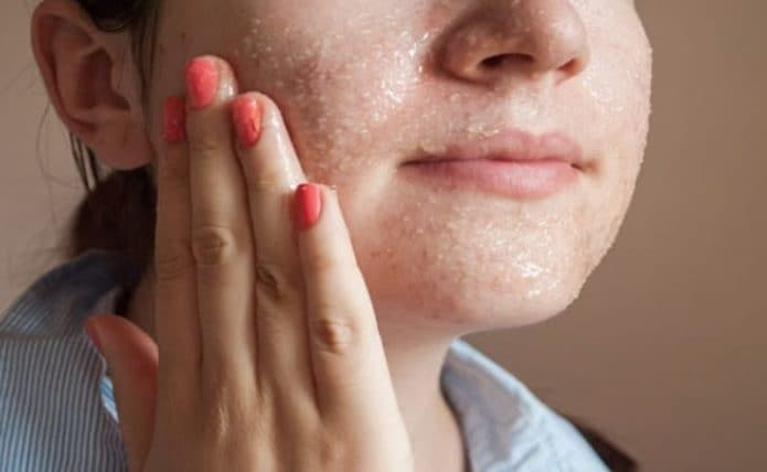Use water and salt to wash your face and keep it fresh and clean. Credits: http://lifemartini.com