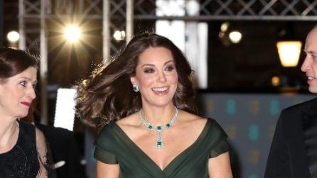 L'abito verde scuro di Kate Middleton ai Bafta 2018