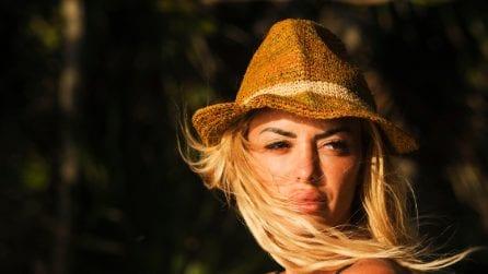 Elena Morali: perché sembra sempre truccata?