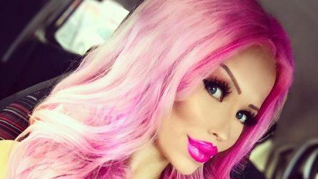Gabriella, la 18enne diventata una Barbie umana