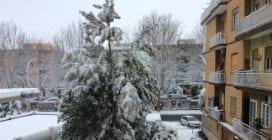 Burian porta il gelo in Italia: Roma, Napoli e altre città imbiancate dalla neve