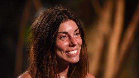 Bianca Atzei senza trucco: il prima e dopo della cantante all'Isola dei Famosi