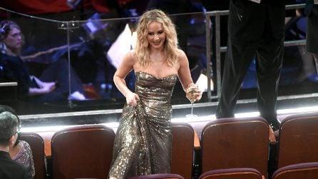 Le foto buffe di Jennifer Lawrence agli Oscar 2018