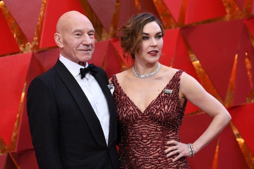 Up Le Time's Star La Oscar Spilla Di Con Agli OkiZuPX