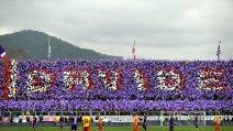 Si gioca nel ricordo di Davide Astori: Fiorentina-Benevento non è una partita come le altre