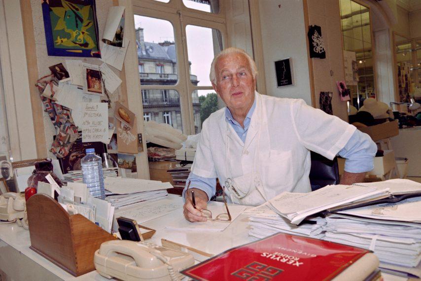 Nel suo ufficio nel 1995