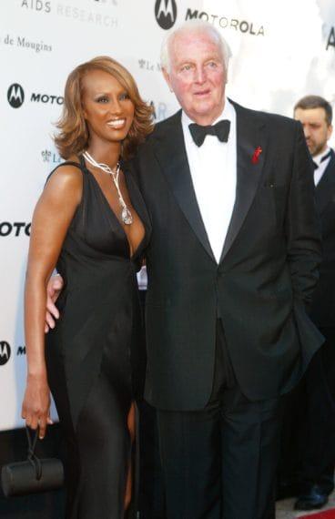 Iman e Hubert de Givenchy al festival di Cannes nel 2002
