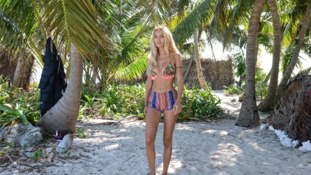 I look trendy di Elena Morali all'Isola dei Famosi
