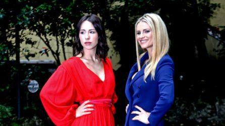 """I look di Michelle Hunziker e Aurora Ramazzotti per il photocall di """"Vuoi scommettere?"""""""