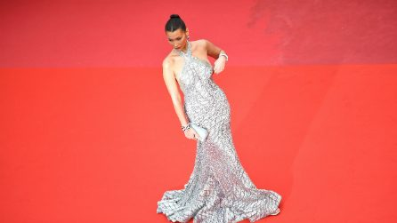 Bella Hadid rischia l'incidente hot a Cannes