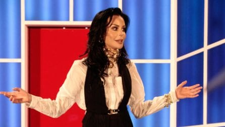"La frase cult di Nina Moric a Favoloso al GF2018: ""Un purosangue non fa a gara con i pony"""