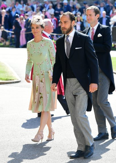 L'abito costa 500 sterline e lo si può acquistare anche online.