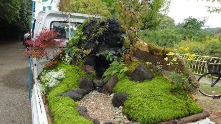 Il piccolo camion diventa in Giappone un incredibile giardino portatile