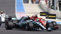 Incidente Vettel-Bottas, Hamilton ringrazia e vince in Francia tornando leader del mondiale