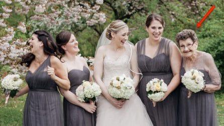 La scelta di questa sposa commuove tutti: una damigella d'onore molto speciale