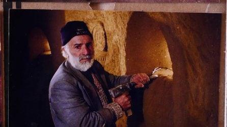 Quest'uomo ha scavato per 23 anni sotto terra ed ecco cosa è riuscito a realizzare
