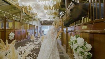 I due abiti da sposa di Kaley Cuoco