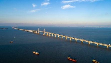 Il ponte da record che collega Hong Kong, Macao e la Cina continentale