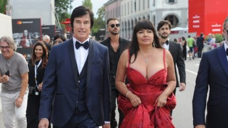 Ronn Moss e la moglie Devin sul red carpet di Venezia