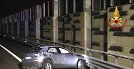 Scende dall'auto dopo un tamponamento, investito e ucciso in autostrada