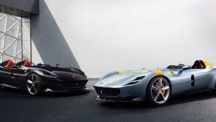 Linee retrò e prestazioni da sportive, ecco le Ferrari Monza SP1 e SP2