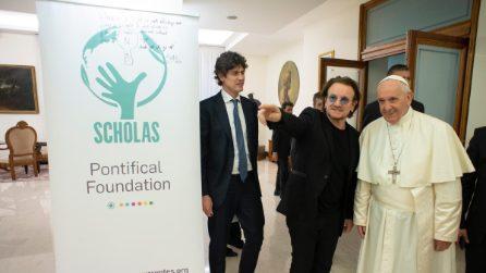 Bono Vox incontra Papa Francesco