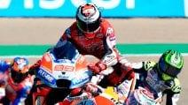 MotoGP, le foto della caduta di Jorge Lorenzo ad Aragon