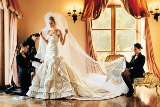 Abiti Da Sposa Costosi.I 9 Abiti Da Sposa Piu Costosi Della Storia