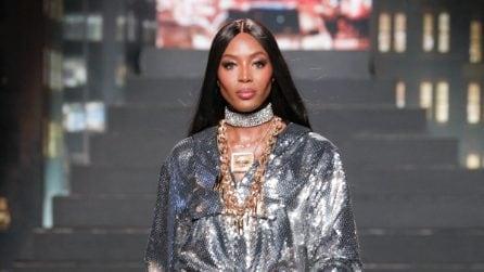 La collezione Moschino x H&M presentata in passerella a New York