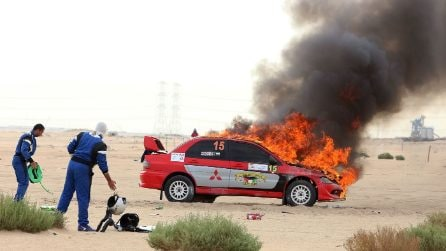 Incidenti e auto in fiamme al Kuwait International Rally 2018