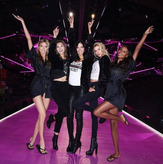 Martha Hunt, Grace Elizabeth, Adriana Lima, Stella Maxwell, Jasmine Tookes