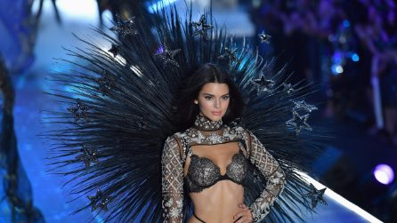 Victoria's Secret Fashion Show 2018: gli angeli sfilano in passerella