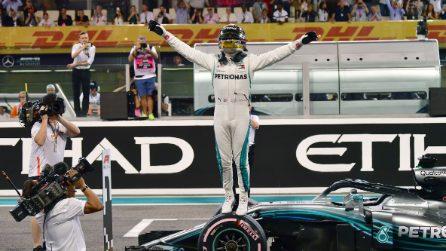 Hamilton cannibale, sua anche l'ultima pole position del 2018