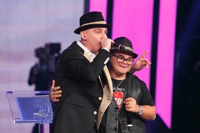 J-Ax duetta con Marco Baruffaldi, il rapper con sindrome di Down che è stato vittima di bullismo