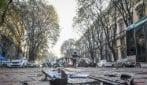 Milano, tram travolge due auto in Foro Buonaparte: quattro feriti e traffico nel caos