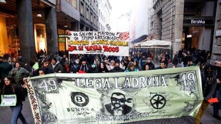 Milano, antagonisti in piazza il giorno della prima alla Scala: lancio di uova e vernice bianca