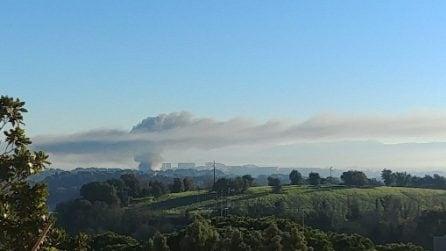Incendio Tmb Salario: la nube tossica che copre Roma vista dall'alto
