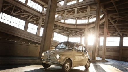 Il made in Italy conquista gli Stati Uniti, la Fiat 500 esposta al MoMa
