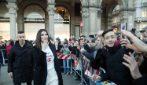 """Laura Pausini con il maglione """"La Pausa"""" alla presentazione del libro"""