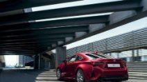 Nuova Lexus RC Hybrid