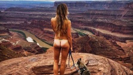 Megan, la ragazza che si fotografa con il sedere nudo in giro per il mondo