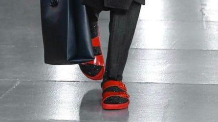 La collezione di sandali Birkenstock firmati da Valentino
