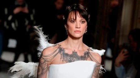 Asia Argento sfila a Parigi per Antonio Grimaldi