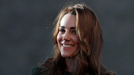 Kate Middleton in verde per la visita all'associazione benefica