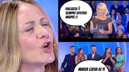"""""""Maria, ti voglio bene ma fatti i caz.. tuoi"""", le foto su Facebook dopo C'è posta per te"""