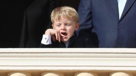 Le smorfie del principino Jacques di Monaco