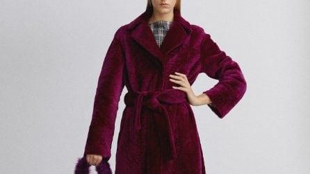 Il cappotto più trendy dell'inverno somiglia a una vestaglia