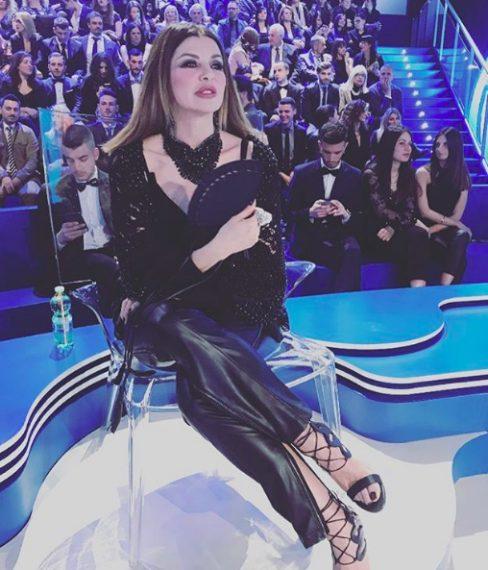 Alba indossa un total look firmato Di Liborio