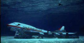 Bahrein, arriva il parco marino più grande del mondo: con un vero aereo sul fondale